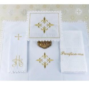 Alfaia Cruz de Alcântara dourado